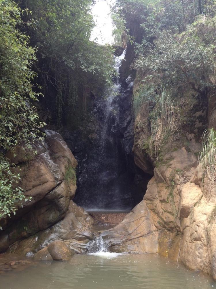 Hembra Falls
